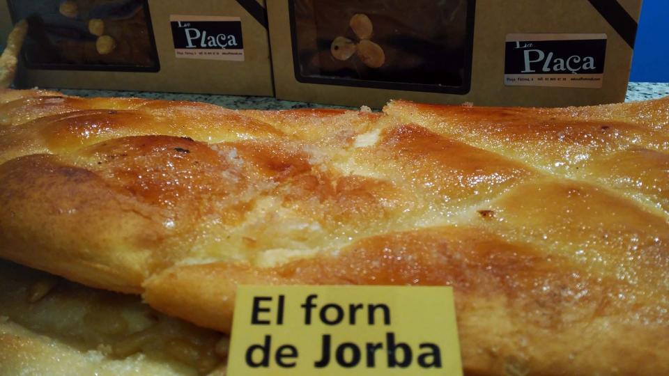 Forn de Jorba, Pa artesà, coques, torrons, galetes ecològiques
