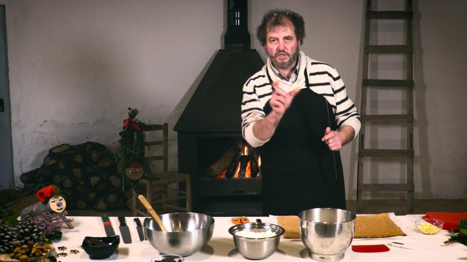 Jaume Teixé preparant els tions de nadal