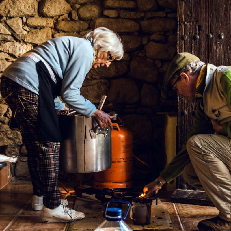 10.12.2016 preparant la xocolata  Clariana -  Mariona Miquel