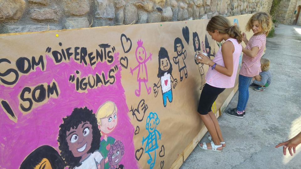23.09.2017 Pintada de mural amb Martí garrancho  Clariana -  Martí Garrancho