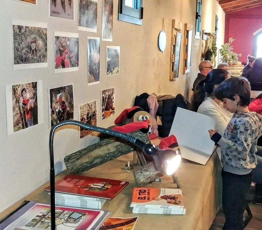 El Tió d'Argençola al Mercat de Nadal de can Alemany