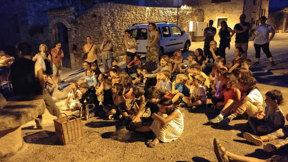 conte itinerant 'La màgia dels boscos de Clariana' amb  Mònica Torra