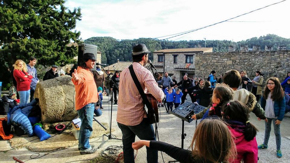 08.12.2018 Jordi Giralt animant la festa  Clariana -  Martí Garrancho